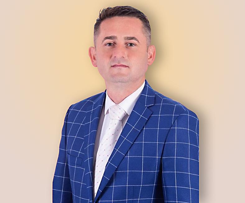 Ionuț Frățilă, secretar